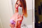 Nuovi scatti in lingerie, Sara Tommasi torna sexy per i suoi followers: ho detto basta al porno - Foto