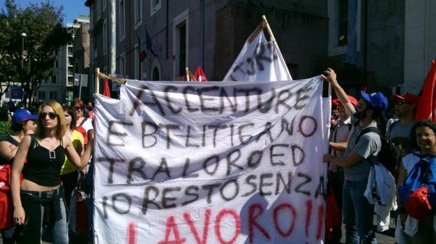 accenture, contratti di solidarietà, Palermo, Economia