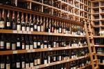 Agrigento, maxi evasione fiscale su alcolici: 16 fermi