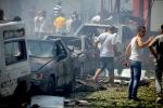 Kamikaze contro un bus di militari: è strage