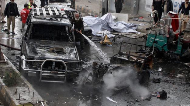 attentato, Pakistan, scuolabus, Sicilia, Mondo