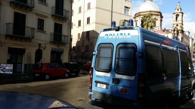 abusivi, ambulanti, ballarò, Blitz, Mercato, Palermo, Cronaca