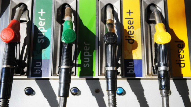 benzina, listini, prezzi, Sicilia, Economia