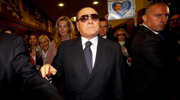uveite, Silvio Berlusconi, Sicilia, Cronaca
