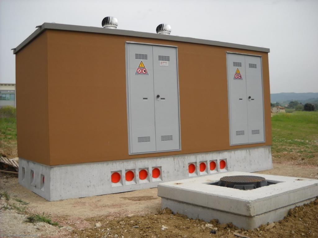 Cabina delle enel pericolosa sar spenta residenti e for Piani di cabina della torre di fuoco