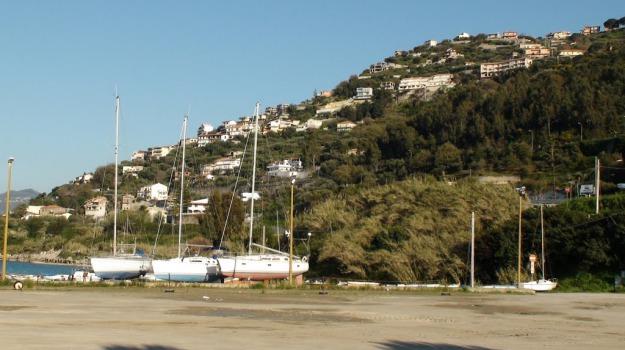 capo d'orlando, comune, porto, Messina, Economia