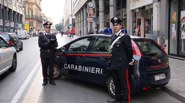bambina, carabinieri, Palermo, smarrita, Palermo, Cronaca