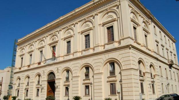 ausiliari, sciopero, STIPENDI, Trapani, Economia