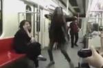 Iran, impazza sul web la donna che balla in metro senza il velo - Video