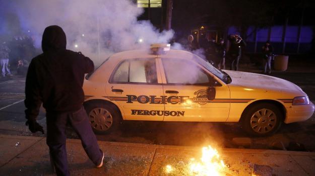 polizia, poliziotto, protesta, ragazzo nero ucciso, Barack Obama, Michael Brown, Sicilia, Mondo