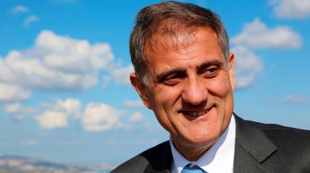 Ars Regione, Giovanni Ardizzone, Sicilia, Politica