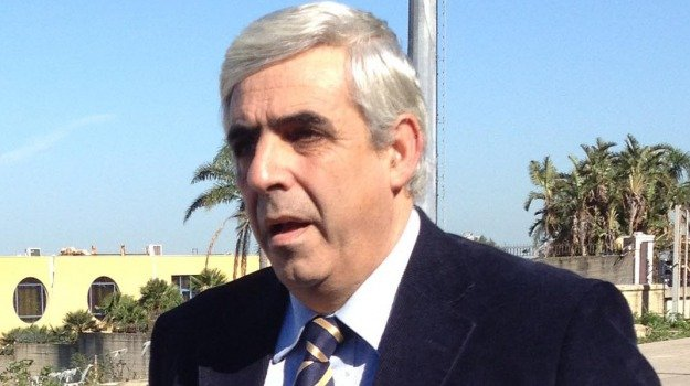 lungomare carini, Giuseppe Agrusa, Palermo, Analisi e commenti