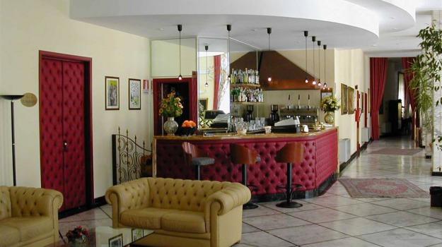 Crisi, Hotel delle Terme, Sciacca, Agrigento, Economia