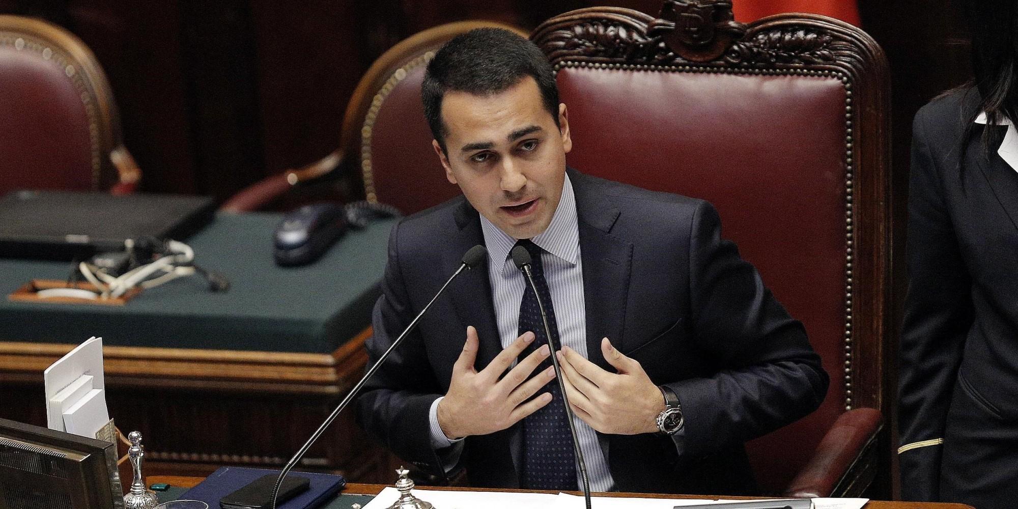 M5S: Di Maio si candida a premier
