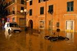 Casa spazzata via dal fango: due morti in Liguria dopo una frana