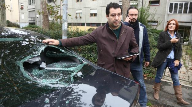 assalto, centri sociali, Lega Nord, rom, Matteo Salvini, Sicilia, Politica