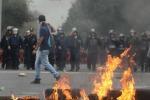 Scontri a Città del Messico, proteste per i 43 studenti scomparsi