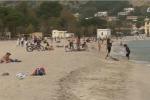 Alghe sui marciapiedi a Mondello, borgata da salvare