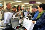 Obama in libreria con le figlie, spese a sostegno delle piccole imprese
