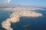 Ortigia, l'isola pedonale assediata dalla auto