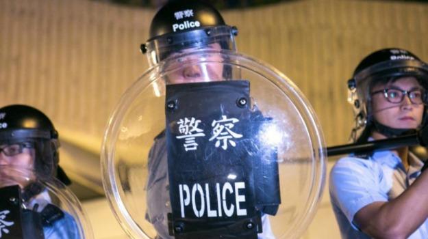 femminicidio, Hong Kong, polizia, Sicilia, Mondo