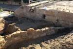 Lavori per il tram, dagli scavi spunta un altro ponte antico - Video