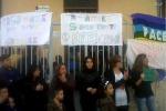 Centro immigrati di Messina, protesta contro la chiusura - Video