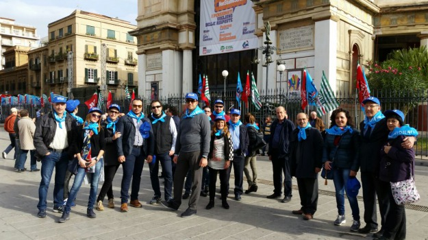 manifestazione, pensionati, politeama, protesta, Sicilia, Palermo, Economia