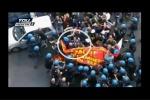 Scontri di Roma: ad aggredire il sindacalista è stato un manifestante. VD