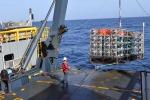 Ancorata a Portopalo la prima torre del telescopio sottomarino per neutrini