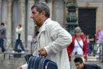 Troppo rumorosi e disturbano il sonno: a Venezia arriva lo stop per i trolley