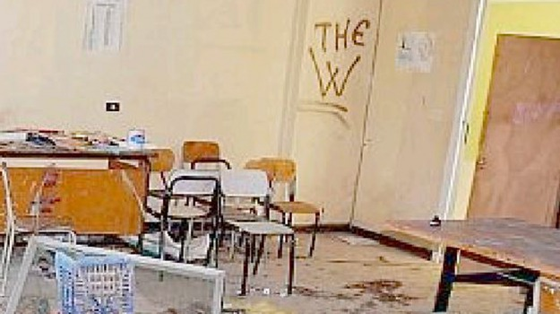 scuola, TROINA, vandalismo, Enna, Cronaca