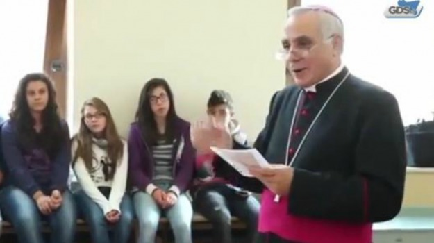 nicosia, parrocchia, vescovo, Enna, Cronaca