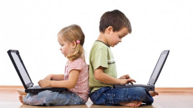 bambini, google, pc, social, Sicilia, Società