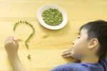 I bambini italiani mangiano poco pesce e verdure