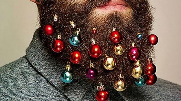 barba, decorazione, natale, palline, tendenza, Sicilia, Società