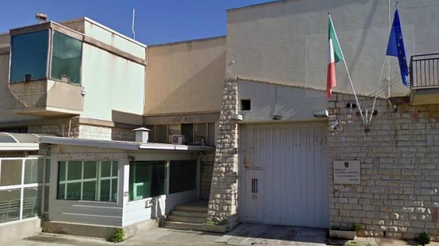 agenti penitenziari, carcere, Trapani, Archivio
