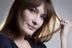 Carla Bruni, l'ex premiere dame di Francia dice sì a nozze gay e utero in affitto - Foto