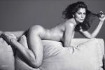 Inedita Laetitia Casta: l'attrice e modella posa senza veli per un Natale davvero... hot - Foto