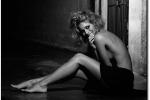 Eleonora Pedron sexy in spiaggia con Biaggi, vacanza alle Maldive per i loro 10 anni d'amore - Foto