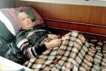 Paralizzato nel letto per la fisioterapia che non arriva
