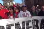 Sciopero contro il governo e il Jobs Act, studenti e sindacati in piazza - Video