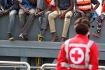 Intercettata a Lampedusa una barca con a bordo 54 tunisini