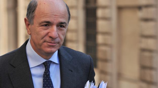 Crisi, intervista, Corrado Passera, Matteo Renzi, Sicilia, Politica