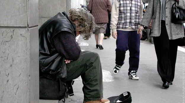 aiuto, poveri, Palermo, Società