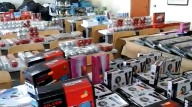 cinesi, contraffazione, Siracusa, Cronaca