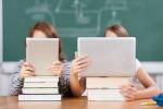 Registro elettronico, il 30% degli alunni aiuta i prof a compilarlo