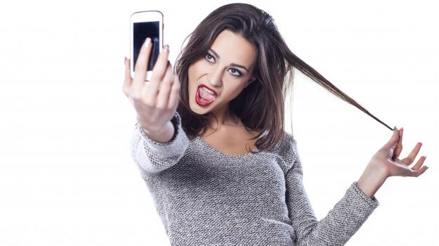 narcisismo, selfie, solitudine, Sicilia, Società