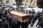 Virna Lisi, l'ultimo saluto alla musa italiana del cinema: tutte le foto dei funerali