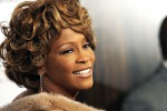 Whitney Houston, on line il trailer del primo biopic